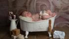 photo bébé fille dans une baignoire ancienne
